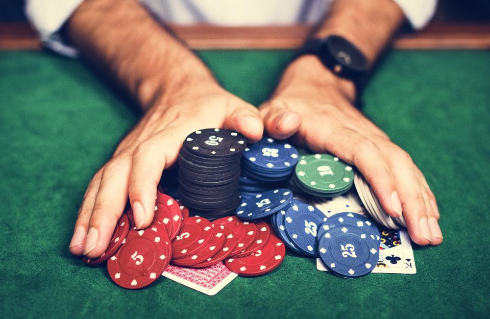 QQ Poker Agent